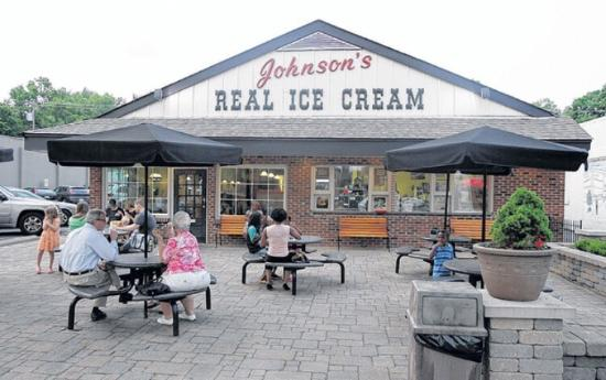 ‪Johnson's Real Ice Cream‬