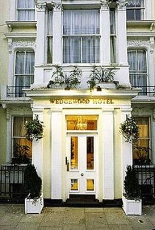 Wedgewood Hotel: Exterior