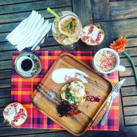 El Latino: breakfast at #ellatinomuine