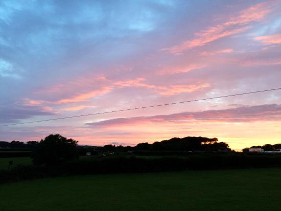 Trelren Bed and Breakfast: Cornish sunset