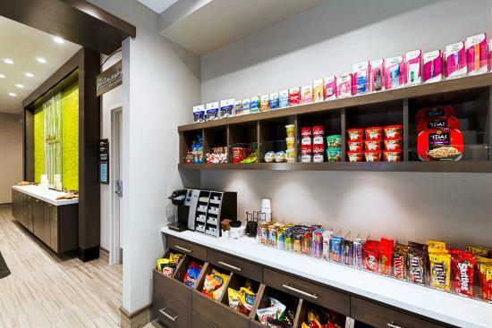 Pittsfield, MA: Sundries and late night snacks