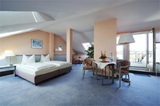 AHA Hotel Dresden: Guest Room