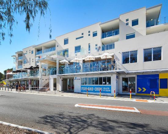 Mullaloo Beach Hotel