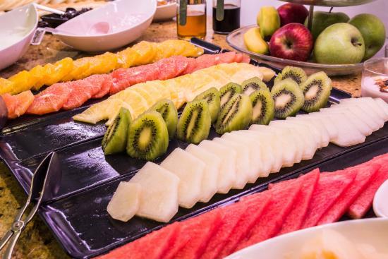 Desayuno buffet picture of monte triana hotel seville - Monte triana sevilla ...
