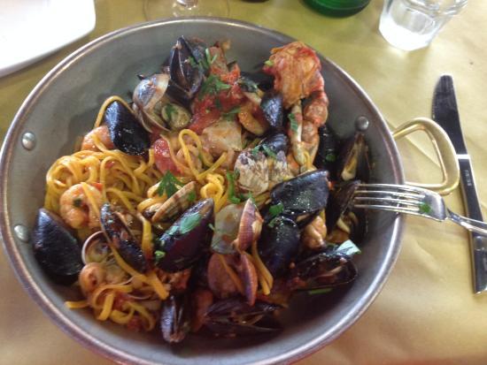 Fratelli la Bufala - Rimini Mare: tagliolini allo scoglio
