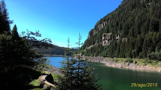 Predazzo, Italie : Lago di Paneveggio