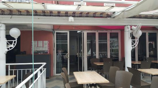 Hotel Les Pyrenees Restaurant