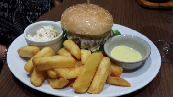 Go Houghton Bar & Restaurant: Go Burger