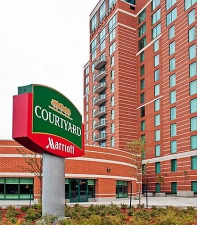 Courtyard Ottawa East Marriott, Ontari, Canada