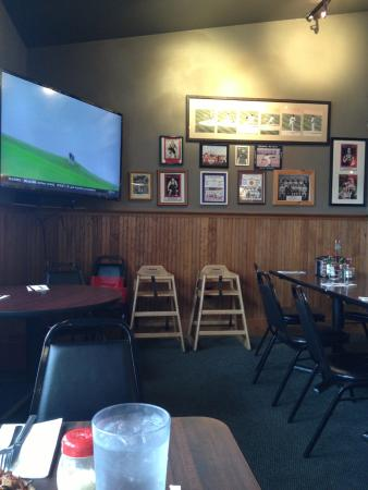 Geno's Pizza and Burgers: one of the eating area's