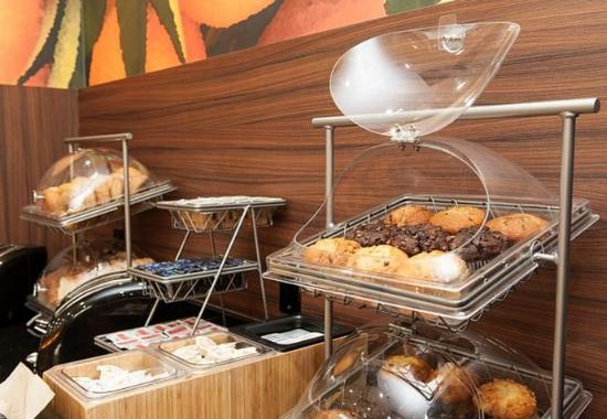 Vernon, Kanada: Breakfast Buffet – Muffins