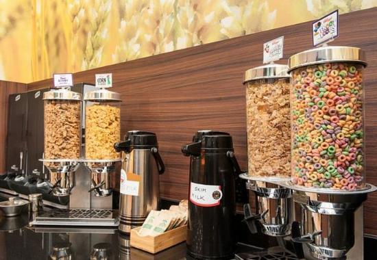 Vernon, Kanada: Breakfast Buffet – Cereal