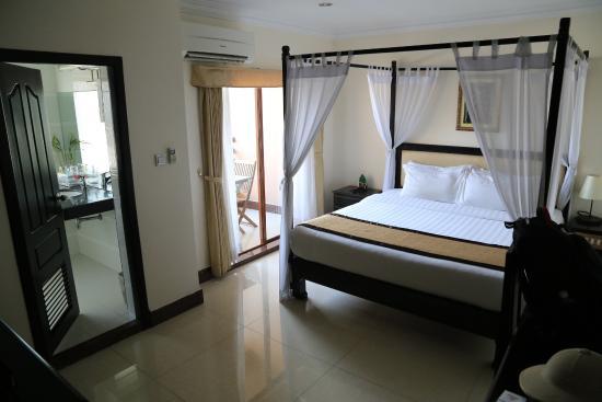 Comfortable Room Picture Of Cardamom Hotel Phnom Penh Tripadvisor