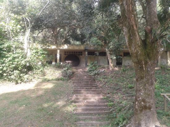 Pirai, RJ: Acho que aqui era o antigo sanatório. Poderiam reformar.