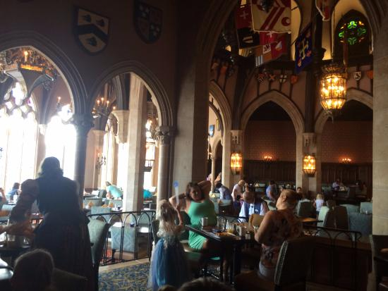 Picture of cinderella 39 s royal table orlando for Html table inside th