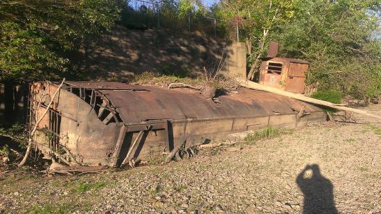 Al Foster Memorial Trail: Steam engine inside