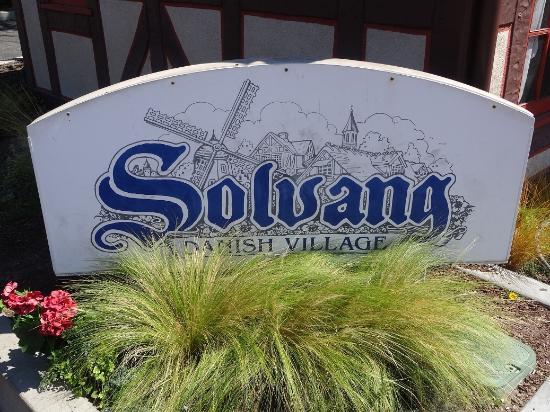 Solvang Sign!