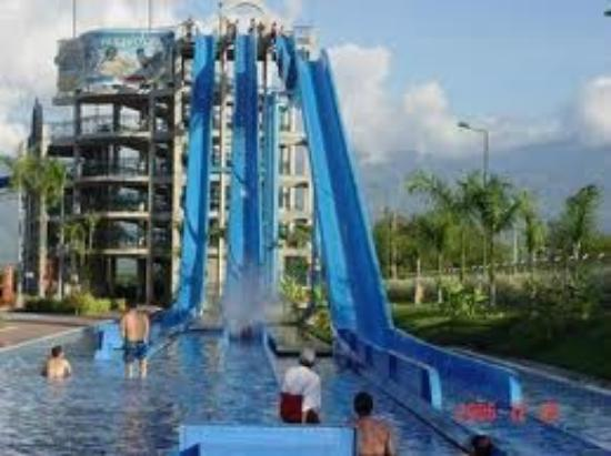Hotel Casa Pablo: parque acuatico playa juncal