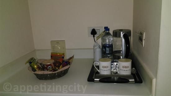 Hotel Eternity: necessary accompaniments in the room