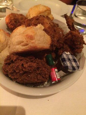 Cena by Michy: all you can eat fried chicken