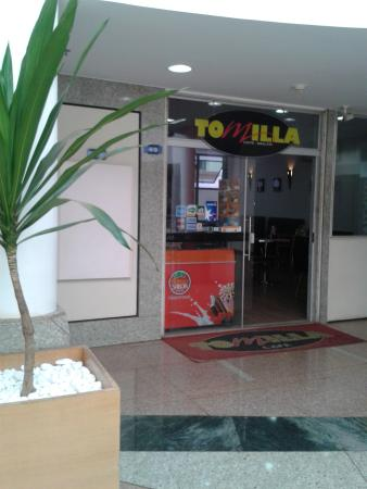 Tomilla Cafe
