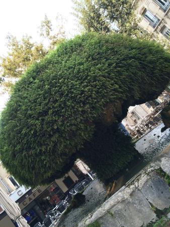 Fontaine mousse picture of fontaine moussue salon de for Cash converter salon de provence