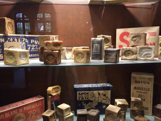 Museo del sapone picture of savonnerie marius fabre for Savonnerie scham salon de provence