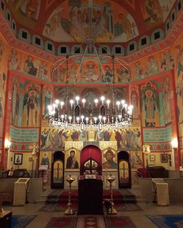 Russian Orthodox Church : Interior of the church in 2015
