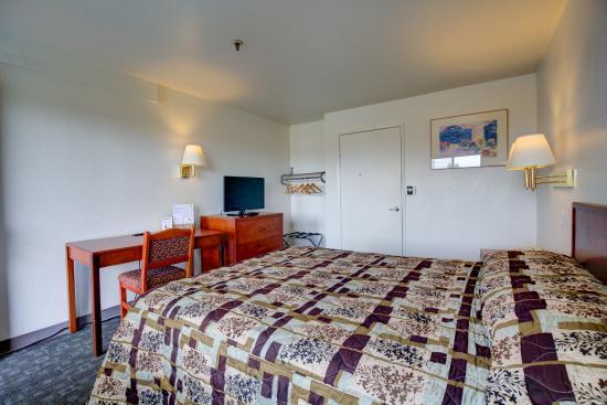 Good Nite Inn Sacramento: Guestoom- King bed