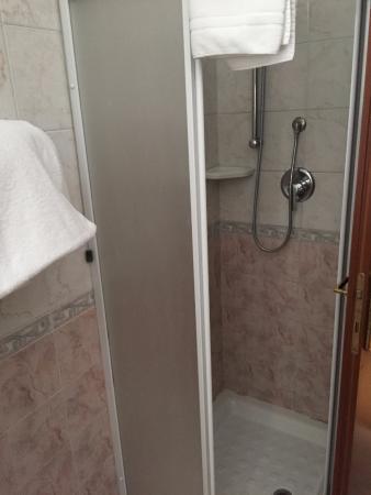 Elyse: Banheiro