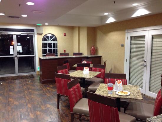 Comfort Suites Las Colinas Center : photo3.jpg
