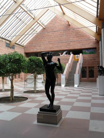 The Burrell Collection: Statue