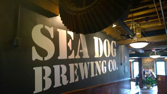 Topsham, ME: Sea Dog