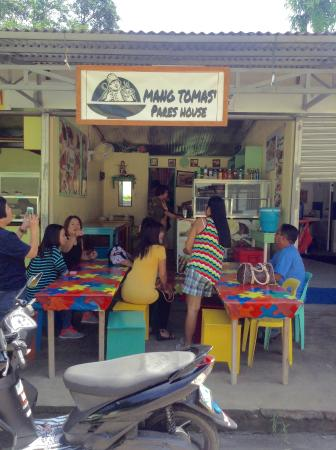 Maragondon, Filipiny: Mang Tomas' Pares House