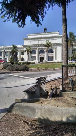 Ventura City Hall : City Hall Facade