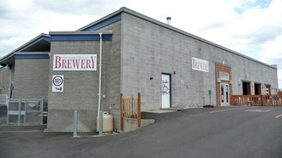 Wenatchee, WA: A door to great beer!!
