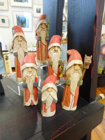 Boiling Springs, PA: Carved Santas