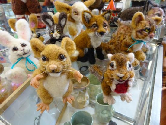 Boiling Springs, PA: Felt animals