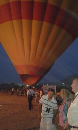 Luxor Excursions - Private Day Tours: paseo en globo aerostatico