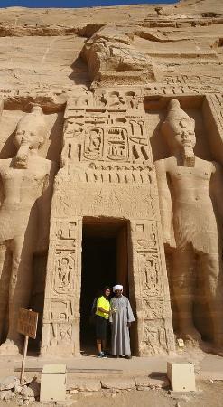 Real Life Egypt - Day Tours: Abu Simbel temples