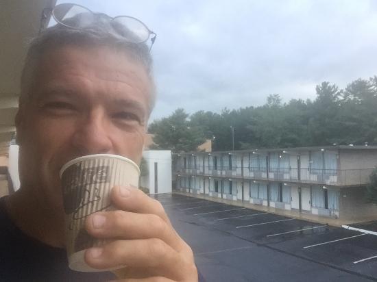 Quality Inn: in room coffee