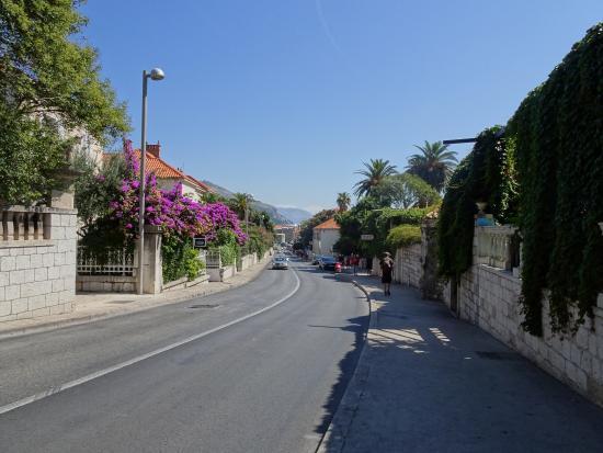 Kamara Dubrovnik: walk from Hotel Kamara to old town
