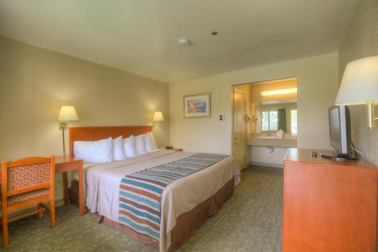 Good Nite Inn Fremont: Guestrom King room