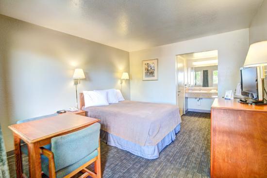 Redlands, Καλιφόρνια: Guestroom Queen bed