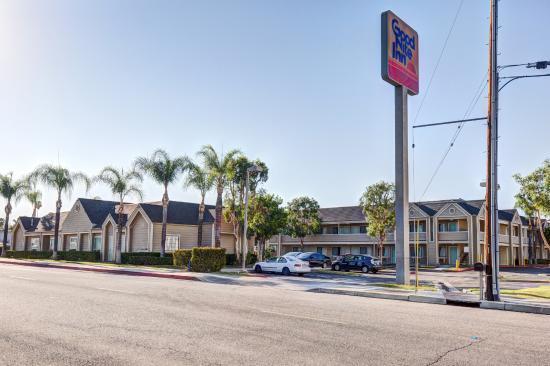 Redlands, Καλιφόρνια: Hotel exterior