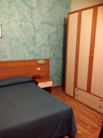 Hotel 2000: photo2.jpg