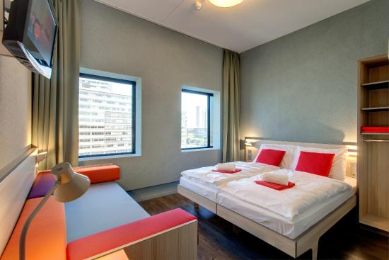 Meininger hotel amsterdam city west the netherlands for Booking hotel amsterdam