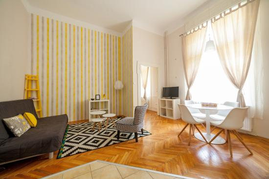 Budapestay Apartments