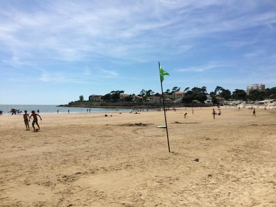La plage du nauzan picture of la maison blanche vaux for Royan la maison blanche
