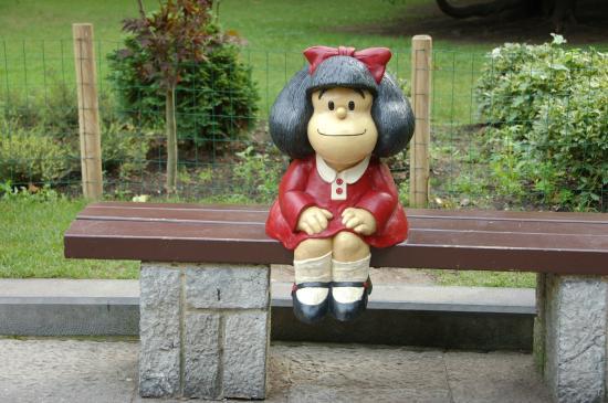 Mafalda: fotografía de Estatua de Mafalda, Homenaje a Quino ...